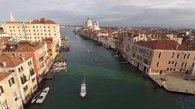 Viste di Venezia dall'elicottero archivi video