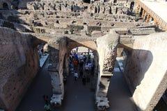 Viste interne di Colosseum, Roma immagini stock