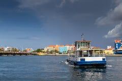 Viste intorno a Punda - traghetto Fotografia Stock