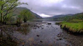 Viste lungo Llyn Gwynant, Galles fotografie stock libere da diritti