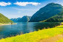 Viste sbalorditive del fiordo La contea di più og Romsdal norway Immagine Stock Libera da Diritti