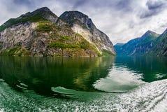 Viste sbalorditive del Geirangerfjord La contea di più og Romsdal norway Fotografia Stock