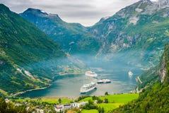 Viste sbalorditive del Geirangerfjord La contea di più og Romsdal norway Immagine Stock