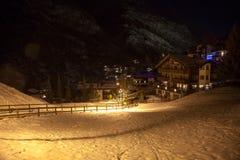 Viste sceniche di notte di Zermatt, Svizzera Fotografia Stock