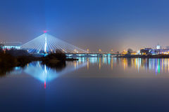 Vistula River landskap på natten, Warszawa Arkivfoton