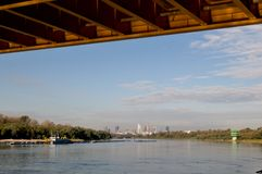 Vistula rzeka i Warszawa panorama Zdjęcia Royalty Free