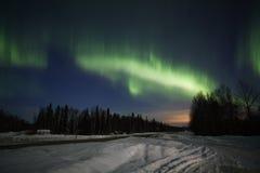Visualización activa de las luces norteñas en Alaska Fotografía de archivo