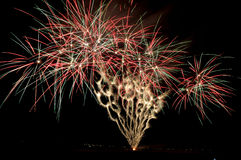 Visualización de los fuegos artificiales Imagen de archivo libre de regalías