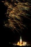 Visualización del fuego artificial en Olsztyn   Imagen de archivo