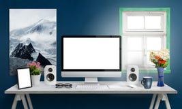 Visualizzatore del computer sulla scrivania , schermo bianco per il modello Immagini Stock Libere da Diritti