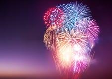 Visualizzazione dei fuochi d'artificio Fotografie Stock