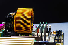 Visualizzazione del dettaglio di mainboard del computer, primo piano Fotografie Stock Libere da Diritti