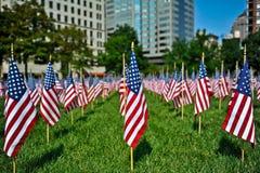 Visualizzazione della bandiera americana per la festa fotografia stock libera da diritti