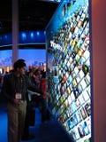 Visualizzazione dello schermo attivabile al tatto dell'Intel a CES 2010 Fotografia Stock Libera da Diritti