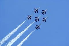 Visualizzazione di acrobatics di Airshow Fotografia Stock Libera da Diritti