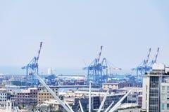 Visualizzazione panoramica del porto di Genova, Italia con il Bigo Immagini Stock
