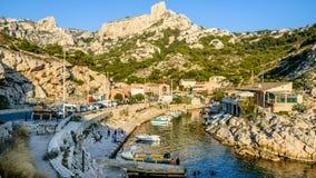 Visualizzazione panoramica della porta di calanques de cassis Marsiglia fotografia stock libera da diritti