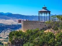 Visualizzazione panoramica di Ronda, piattaforma d'esame, Andalusia, Spagna fotografia stock libera da diritti