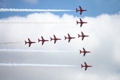 Visualizzazione rossa 3 della freccia immagini stock