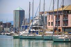 Visualizzazione sopra porto italiano di Genova fotografia stock libera da diritti
