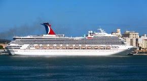 Vitória do carnaval do navio de cruzeiros em San Juan, fotorreceptor Fotos de Stock