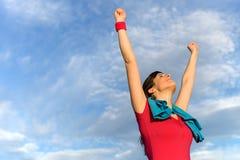 Vitória e sucesso da mulher da aptidão Fotos de Stock Royalty Free