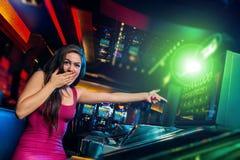 Vitória no slot machine Fotografia de Stock Royalty Free