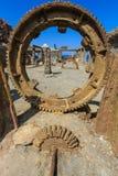Vit ö, Nya Zeeland: Enormt kugghjul på den skeppsbrutna svavelminen Arkivfoto