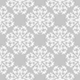 Vit blom- sömlös modell på grå bakgrund