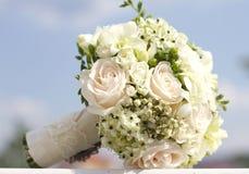Vit bröllopbukett Arkivfoto