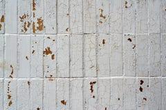 Vit bruten bakgrund för tegelplattaväggtextur Arkivbild