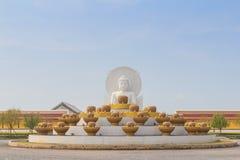 Vit Buddha Fotografering för Bildbyråer