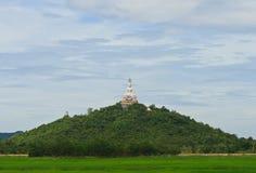 Vit Buddha staty Royaltyfria Foton