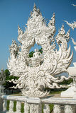 Vit buddha staty, Wat Rong Khun, Thailand Arkivfoton
