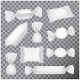 Vit foliepacke för godisar och andra produkter, realistisk åtlöje för matmellanmålpacke upp på genomskinlig bakgrund Royaltyfri Fotografi