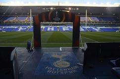 Vit Hart Lane - Tottenham Hotspur stadion Fotografering för Bildbyråer