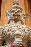 Vit jätte- staty Royaltyfria Bilder