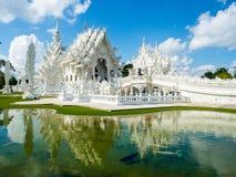 Vit konst på den Rong Khun templet Arkivbild