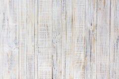 Vit målad gammal träbakgrund Arkivfoton