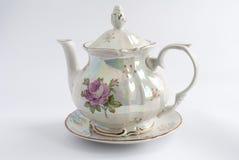 vit målad rose teapot Fotografering för Bildbyråer