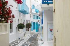 Vit och blå gata Royaltyfri Bild