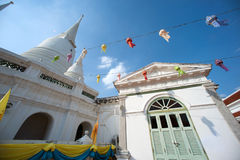 Vit pagod på den forntida templet i Bangkok Arkivbilder