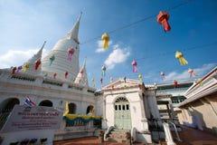 Vit pagod på den forntida templet i Bangkok Arkivfoto
