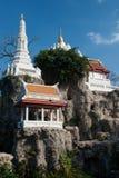 Vit pagod på kullen i den forntida templet, Bangkok Royaltyfria Foton