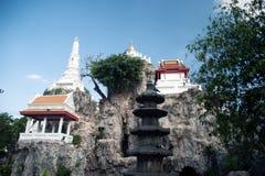Vit pagod på kullen i den forntida templet, Bangkok Fotografering för Bildbyråer