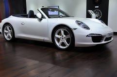 Vit Porsche 911 Carrera S Arkivfoton
