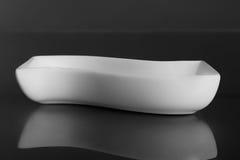 vit porslinbunke Arkivbild