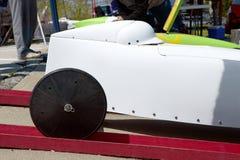 Vit racerbil för tvålaskderby fotografering för bildbyråer