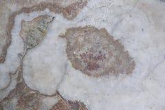 Vit - rosa färger marmorerar textur med den naturliga modellen för bakgrund - bild arkivfoto