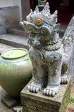 Vit skulptur SING-HA, tempel i Thailand Arkivbilder
